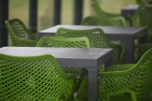silke tauchert/fotofee-st.de/grün/stuhl